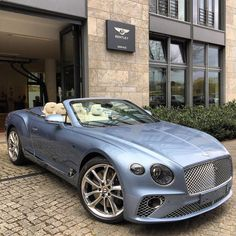 New Continental GT Convertible. ---------------------------- 💲Tag someone that needs to see this! 💲 Check Out For More👉🏻❤ ✨ ✨ ✨ ✨ ✨ ✨ _ Bentley Motors, Bentley Car, Rolls Royce, Bentley Continental Gt Convertible, Lux Cars, Street Racing Cars, Pretty Cars, Car Goals, Car Gadgets
