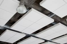 CNIC controla su acústica con paneles acústicos Axiom Canopy de Armstrong | Construnario.com