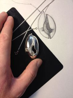 """Live dal laboratorio: work in progress, il ciondolo in argento ispirato all'opera """"RINASCITA"""" è terminato! #FilippoVieri #jewelry #workinprogress"""