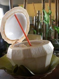 Fresh Buko Juice (coconut juice) my fave Pinoy Food, Filipino Food, Filipino Recipes, Coconut Tea, Coconut Bowl, Juice Drinks, Fun Drinks, Beverages, My Favorite Food