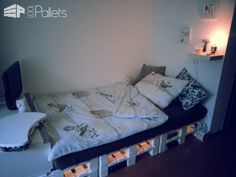 62 Creative Recycled Pallet Beds You'll Never Want To Leave! DIY Pallet Bedroom - Pallet Bed Frames & Pallet Headboards