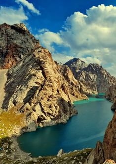 Köl-suu lake is one of the highest located lakes in the world - 3500 meters above the sea level.  #Kyrgyzstan #triptokg
