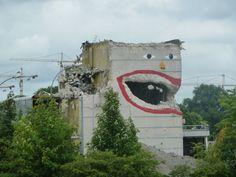 abandoned building, graffiti, unattributed
