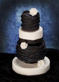 Gothic inspired wedding cake for Cake Central Magazine