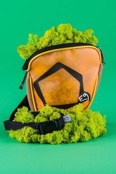 Ovulo chalk bag