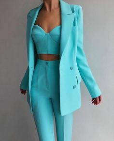 Classy Outfits, Chic Outfits, Trendy Outfits, Paris Chic, Paris Mode, Mode Chic, Look Fashion, Fashion Design, Elegant Outfit