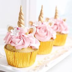 Stunning and magical unicorn cupcakes