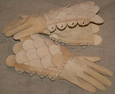 17th Century Leather Gauntlets