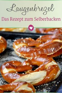 pretzels yourself according to a Bavarian recipe - Lye pretzels taste best lukewarm. Why not just bake yourself? bake -Bake pretzels yourself according to a Bavarian recipe - Lye pretzels taste best lukewarm. Why not just bake yourself? Pizza Recipes, Seafood Recipes, Bread Recipes, Baking Recipes, Drink Recipes, Cooking Bread, Bread Baking, Cooking Pork, Cooking Salmon