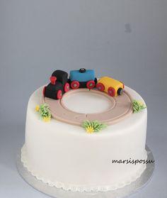 Marsispossu: Junakakku, Train cake