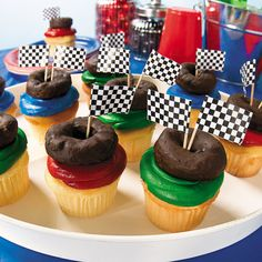 """Complete with chocolate-covered """"tire"""", these monster truck cupcakes are monstrously delicious! Great for Monster Truck birthday parties or just. Monster Truck Cupcakes, Monster Trucks, Monster Truck Birthday, Monster Jam, Race Car Birthday, Cars Birthday Parties, 4th Birthday, Birthday Ideas, Theme Parties"""
