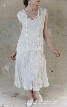 Evelien-Dress 401-Antique White