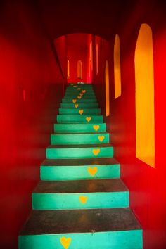 Casa Love Sayulita at Riviera Nayarit, Mexico via foodandtravel. Mexican Colors, Mexican Style, Riviera Nayarit, Take The Stairs, Stairway To Heaven, World Of Color, Stairways, Decoration, Sweet Home