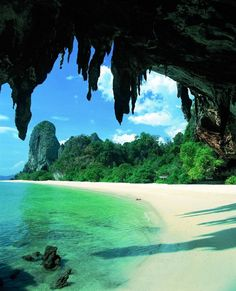 PHUKET: KRABI, Thailand: if this isn't paradise, then I don't know what is. This is what dream vacations are made of! Railay Beach, Hawaii Beach, California Beach, Oahu Hawaii, Ocean Beach, Krabi Thailand, Thailand Travel, Thailand Honeymoon, Vacation Places