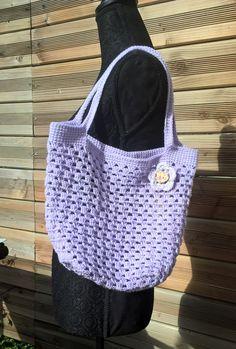 Petit sac granny façon sac filet Straw Bag, Creations, Tote Bag, Fashion, Book Bags, Pouch, Pouch Bag, Bags, Moda