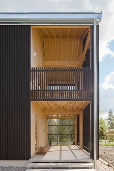 Galería de Casa H : Casa a' / Hirvilammi Architects - 14