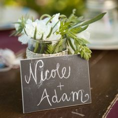 placecard chalkboards! What a fantastic idea from acmepartybox.com