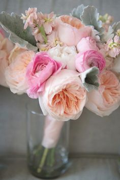 OMG THIS BOUQUET!!!!! Peonies will be my wedding flowers!