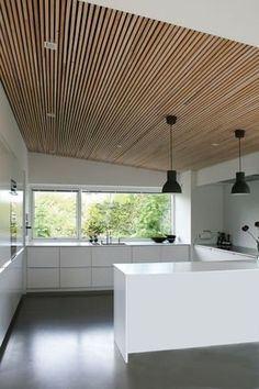 M&T notice the ceiling Garage Interior, Kitchen Interior, Kitchen Design, Loft Design, House Design, Ceiling Design, Ceiling Detail, Scandinavian Living, Wood Ceilings