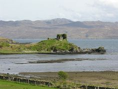 Knock Castle from the West, with the Sound of Sleat in the background