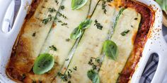 Lasagne is een publiekslieveling. Het Italiaanse gerecht valt altijd bij iedereen in de smaak: van jong tot oud. Daarom een…
