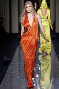 Sfilata Atelier Versace Paris - Alta Moda Primavera Estate 2014 - orange gown!