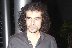 """Filmmaker Imtiaz Ali, whose next is a Shah Rukh Khan and Anushka Sharma-starrer """"The Ring"""" (tentatively titled), says the title of his film is not yet decided but will be done soon. """"The name of the film is not yet decided, we have some time. August 11… The film is going to release. So we … Continue reading """"Imtiaz To Finalize Title Of Upcoming Film"""""""