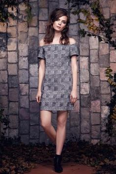 Saloni Pre-Fall 2015 Fashion Show: Complete Collection - Style.com