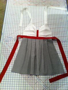 Alabama+Game+Day+Apron+by+FanciesByErin+on+Etsy,+$34.00