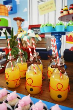 toy-story-birthday-party-ideas-via-little-wish-parties-childrens-party-blog-drinks