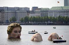 Love love love public art.
