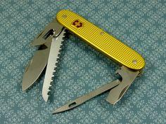 Swiss Bianco Exclusive Victorinox Pioneer Midshipman Gold Alox Swiss Army Knife | eBay