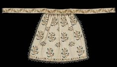 \Embroidered Apron Italian Late century Dimensions: x 90 cm x 35 in.) Material: Linen ground with gold metal and silk embroidery gold metal and silk cord trim and a gold metal and silk ribbon waistband.\ Museum of Fine Arts Boston: Accession Number Embroidered Apron, Embroidered Jacket, Antique Clothing, Historical Clothing, Italian Clothing, Bordeaux, 16th Century Clothing, Embroidery Designs, Kasuti Embroidery