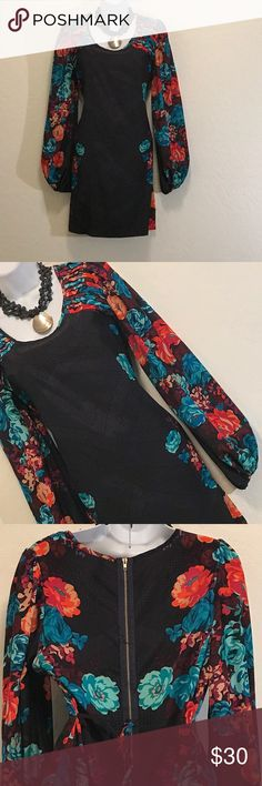 NWOT Xhilaration Bold Floral Tunic Dress Never Worn, Cool Print & Colors, Tie Back, Visible Back Zipper, Round Long Sleeve. Dresses