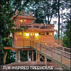 Spectacular 650 sq ft FFrank Lloyd Wright-Inspired Treehouse