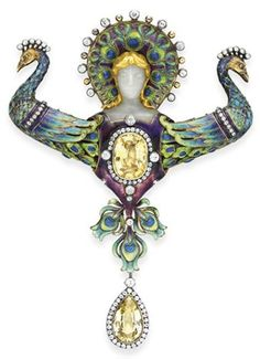 'Juno,' designed and made by Boucheron.  It was exhibited at the Paris Exposition in 1900 and is one of the great Art Nouveau jewels.