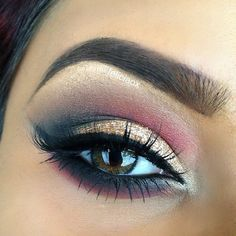 Gold and maroon dark eyeshadow with cut crease able winged liner Pinterest: @tugbabulut98