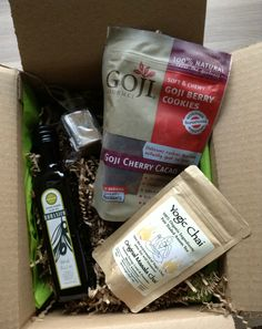 Gourmet Spotting Food Subscription Box Review & Giveaway! April 2013 #subscriptionbox #subscription #gourmetspotting