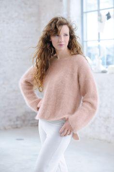 Envie de tricoter un pull angora ? Phildar, le spécialiste du tricot et du crochet, nous dévoile le patron de son pull esprit loose. Un modèle parfait pour les débutantes.