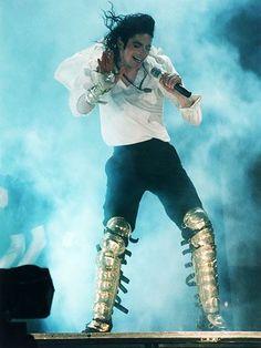 Três anos sem Michael Jackson: no dia 25 de junho de 2009, o mundo perdia uma dos maiores estrelas da música e hoje