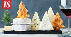 Ruotsalaistyyliset, rosmariinilla maustetut suolakeksit sopivat ihanasti juustotarjottimelle. Biscuits, Dairy, Cheese, Food, Crack Crackers, Cookies, Essen, Biscuit, Meals