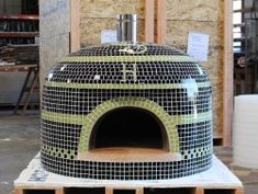 Forno Bravo offers tiled ovens for your wood fired experience that include options of custom colors and inlays for theNapolino, Vesuvio and Napoli ovens. Indoor Pizza Oven, Wood Oven Pizza, Diy Pizza Oven, Pizza Ovens, Wood Burning Oven, Wood Fired Oven, Wood Fired Pizza, Pizza Oven For Sale, Ovens