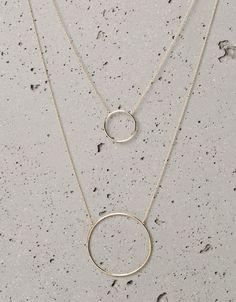38fedb6e3 Combinação de colares minimalistas com ARGOLAS DE FIO! Acesse nosso  catálogo www.suelirene.