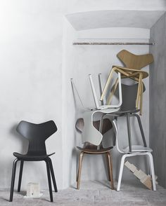 Fritz Hansen new release / AJ Grand Prix chair now with wooden legs