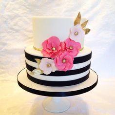 Birthday Celebration Ideas For Women Baby Shower Trendy Ideas - Ariana's Bday Party - Pretty Cakes, Cute Cakes, Beautiful Cakes, Amazing Cakes, Birthday Cake Girls Teenager, Birthday Woman, 40th Birthday Cakes, Birthday Cakes For Women, Birthday Celebration