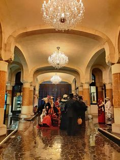Hotel Casa Fuster hall: Old fashion dress costumes Barcelona Architecture, Old Fashion Dresses, Antoni Gaudi, Wanderlust Travel, Mansions, House Styles, City, Building, Costumes