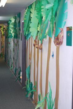 Hallway Decorations Jungle Journey VBS - Exploring the Nature of God - Part I Safari Party, Safari Theme, Jungle Safari, Jungle Theme, Safari Crafts, Jungle Crafts, Vbs Crafts, Jungle Jaunt, Jungle Decorations