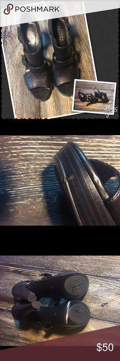 """REDUCED 🎉🎉RALPH LAUREN platform heels New LAUREN RALPH LAUREN platform Heels ▫️5"""" of sexy 🖤 only scuff shown on picture ▫️upper leather ▫️1"""" platform ▫️ Lauren Ralph Lauren Shoes Heels"""