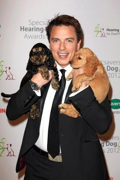 John Barrowman and Cocker puppies. It makes my heart happy that we have the same breed of dog. John Barrowman, Dog Hot Spots, Deaf People, Captain Jack Harkness, Cockerspaniel, Rory Williams, Torchwood, Irish Men, Service Dogs