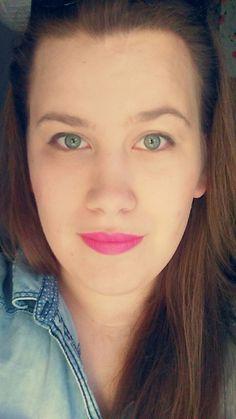 Fuchsia power! ;) #fuchsia #lipstick #wow